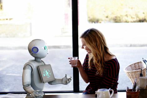 roboter die menschen helfen
